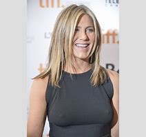 Jennifer Aniston In Cake Tiff Review Lainey Gossip Entertainment Update