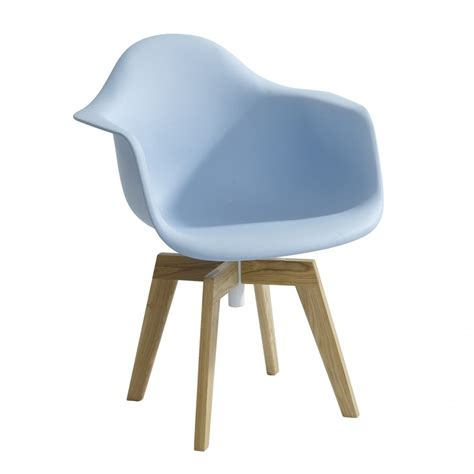 blue eames flow swivel chair