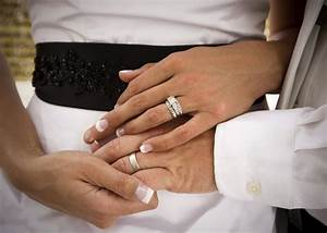 do you know which finger the engagement ring goes on you With wedding rings on hands photos