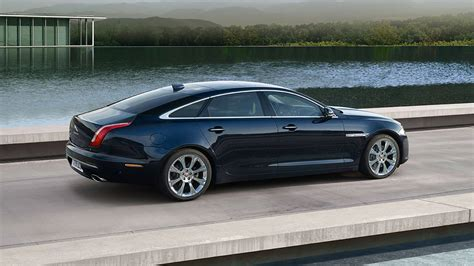 Jaguar XJ Gallery | Jaguar XJ | Travel in style in a ...