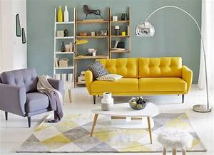 style vintage salons and tapis geometrique on pinterest With tapis jaune avec canapé studio
