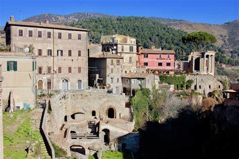 Rome Day Trip: Escape to Tivoli's Villa D'Este + Hadrian's ...
