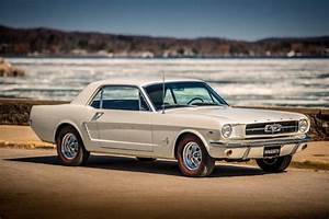 The History, Generations, Models and Specifications of the Ford Mustang