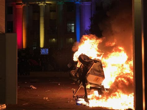 antifa berkeley protest anti behind violent against fascist milo yiannopoulos