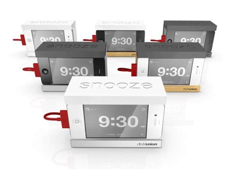 how is snooze on iphone snooze iphone dock with a big snooze bar gadgetsin