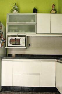 cocina  puertas rebatibles de aluminio  vidrio esmerilado muebles de cocina