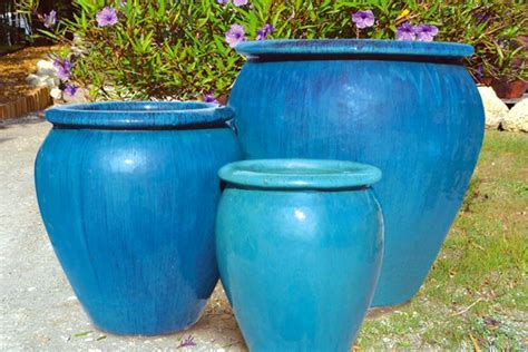 Outdoor Pottery Planters by Outdoor Garden Pottery Pottery Retail Bigearthsupply