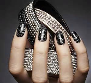 Top amazing black and silver nails