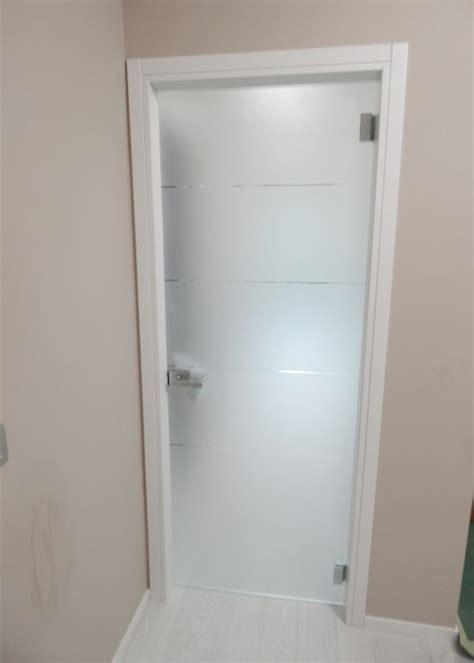 Porta D Ingresso In Vetro by Porta Tuttovetro A Battente Realizzazione Porte