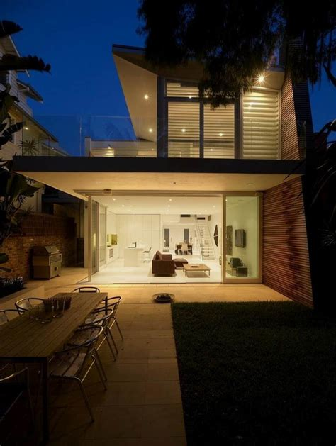 modern beach house  beautiful natural ambience kerr