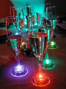 Flute A Champagne : flute a champagne lumineuse en verre ~ Teatrodelosmanantiales.com Idées de Décoration