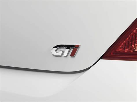 peugeot car badge peugeot revives the gti badge with the 308 autoevolution