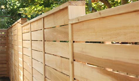Horizontal Wood Fence Design You Can Try