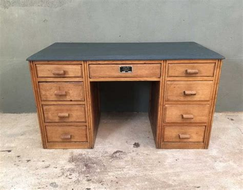 bureau ancien best 20 bureau ancien ideas on tables de