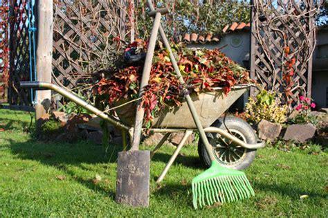 Herbst Gartenarbeit by Gartenarbeit Im November Garten