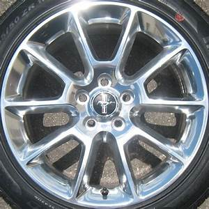 Ford Mustang 3810P OEM Wheel | AR3Z1007F | AR3J1007AA | OEM Original Alloy Wheel