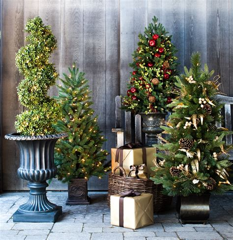 Pre Lit Entryway Christmas Trees by Captivating Winter Entryways With Balsam Hill Balsam