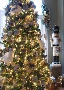 tree decorating on Pinterest