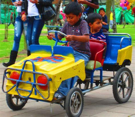 kid play car play cars