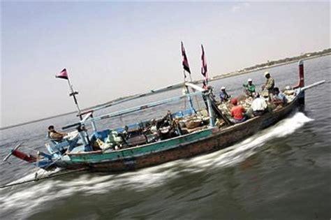 world hunger notes overfishing  international