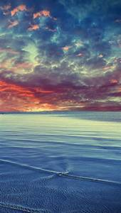 Sea and Sunset Clouds Wallpaper