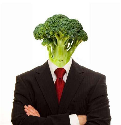 pixwords das bild mit gemuese mensch person anzug vegan