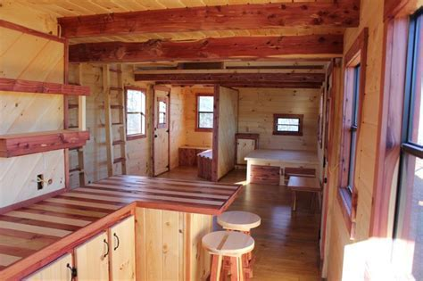 Trophy Amish Cabins, LLC   12' X 32' XTREME LODGE 648 s/f