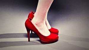 Schuhe Zu Klein : sind ihre schuhe zu gro verkleinern sie die mit diesem trick um eine halbe gr e ~ Orissabook.com Haus und Dekorationen