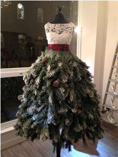 christmas mannequins  pinterest christmas tree dress
