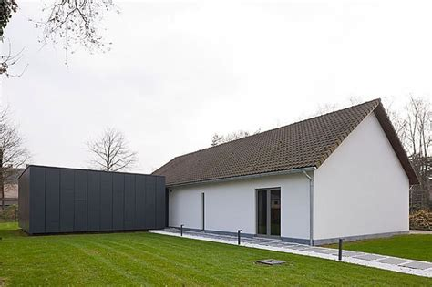 Contemporary Cocoon House by Cocoon Architecten Turned 70 S Villa Into A Contemporary