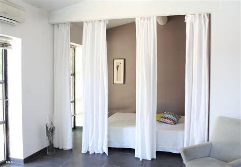 rideau separation cuisine salon rideaux en comme séparation de pièce