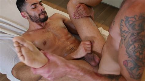 Gay Room Sexy Latino Gay Bottom Gets His Bubble Butt