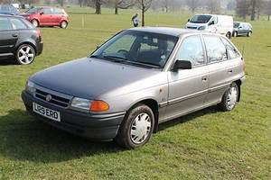 Vauxhall Astra Mk3 Ls