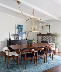 Coolly modern formal dining room sets to consider getting for Contemporary formal dining room sets
