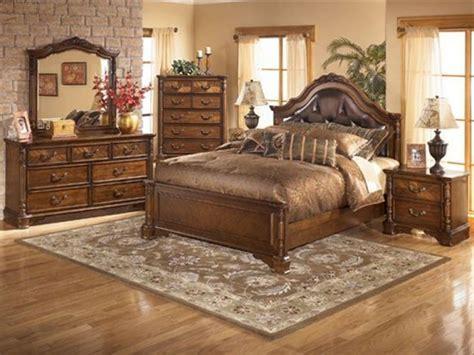 King Bedroom Furniture   Raya Furniture