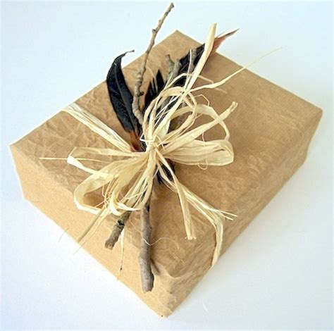 10 Recycling & Eco Friendly Gift Wrapping Ideas  Jane Means