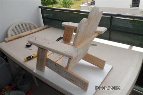 plan chaise de jardin en palette première chaise enfant en palette par builtdestroy sur l