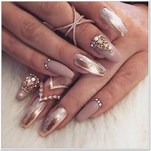 98 beautiful prom nails for the big
