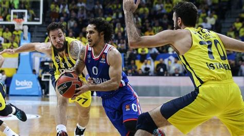 17 mayıs 2019 tarihindeki karşılaşmanın başlama saati 19:00. Anadolu Efes beat Fenerbahce twice in one week | TurkishPress