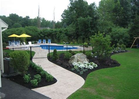 Backyard Pool Fence Ideas by 158 Best Pool Fencing Ideas Images On Garden