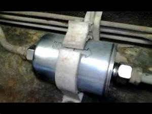 Chevrolet 1991 Fuel Filter Location : how to change your fuel filter on a chevy truck youtube ~ A.2002-acura-tl-radio.info Haus und Dekorationen