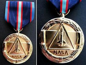 NASA Distinguished Service Medal (page 2) - Pics about space