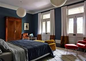 Petrol Wandfarbe Schlafzimmer : petrol farbe als wandfarbe und deko ~ Buech-reservation.com Haus und Dekorationen