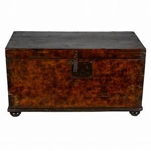 Truhe Aus Holz : italienische truhe aus massivem holz 19 jh bei pamono ~ Watch28wear.com Haus und Dekorationen