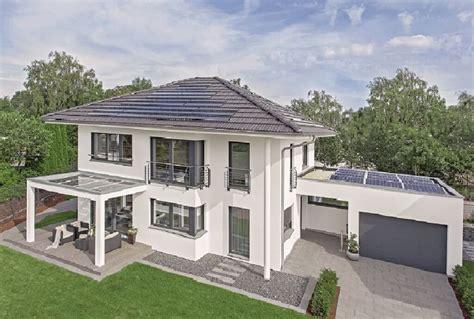 Einfamilienhaus Mit Garage Fertighaus City Life  Haus 250