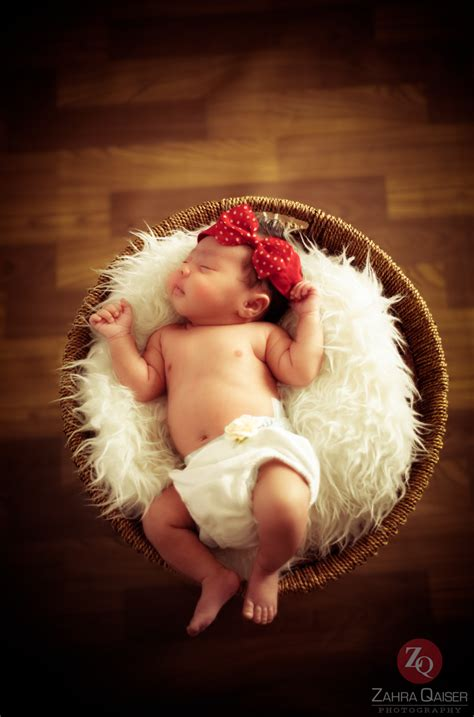 zahra qaiser photography newborn baby photography qatar
