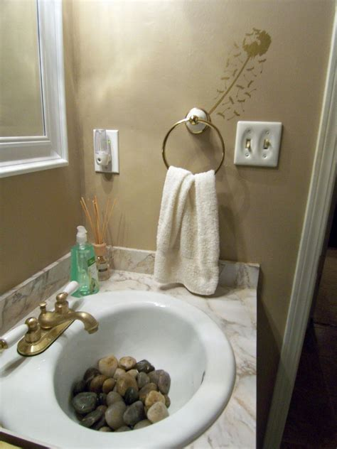 Bathroom Sink Decorating Ideas by In The Sink Were River Rocks So That It Felt As Though I