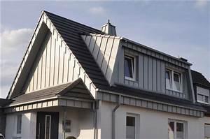 Hausgiebel Mit Blech Verkleiden : sch ner wohnen unter dem dach dank gauben ~ Eleganceandgraceweddings.com Haus und Dekorationen