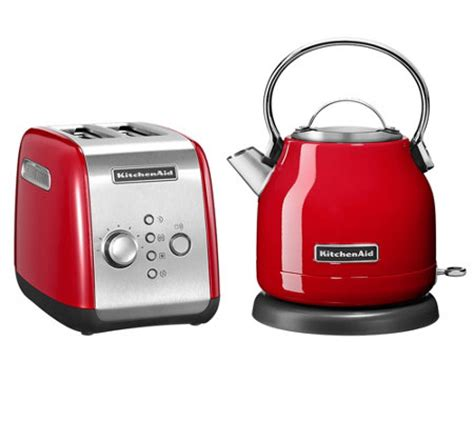 toaster und wasserkocher kitchenaid 174 fr 252 hst 252 cks set toaster wasserkocher 1 25l page 1 qvc de