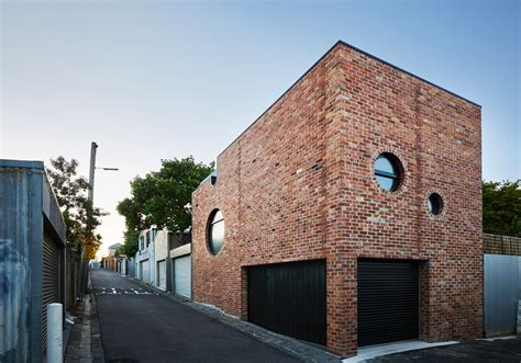 Cool Brick House Built As Secondary Dwelling In Melbourne